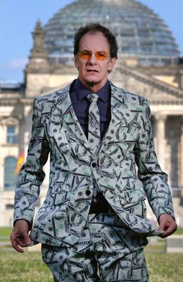 Bild: Chin Meyer - Macht! Geld! Sexy? - Finanzkabarett