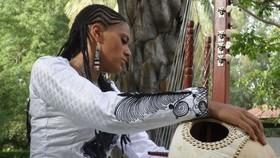 Bild: Sona Jobarteh - Kora-Groove aus Gambia