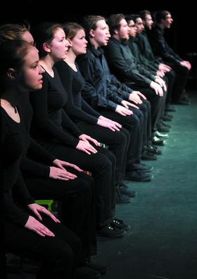 Bild: Die Räuber - Brandenburger Theater