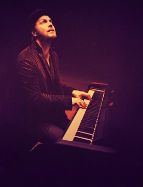 Bild: An Acoustic Evening with GAVIN DEGRAW