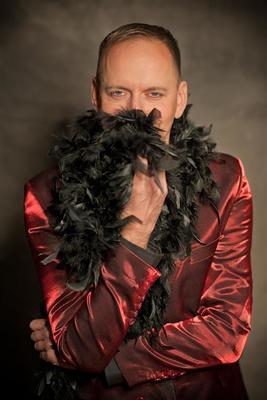 Jo van Nelsen - Solang nicht die Hose am Kronleuchter hängt...!