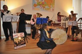 Bild: Beate Himmelstoß und die Garchinger Pfeifer - Eine musikalische Zeitreise durch Europa