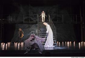 Bild: Antigone - Theater Krefeld Mönchengladbach