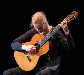 Bild: Leonora Spangenberger - Gitarrenkonzert