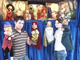 Bild: Puppenspiel -