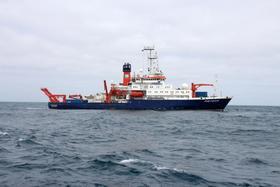 Bild: METEOR -Dokumentarisches Theater über eine Expedition auf dem Süd-Atlantik - Das Letzte Kleinod