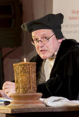 Bild: Michael Quast liest - Perlen vor die Säue - Luther live