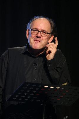 """Michael Quast liest - Karl Ettlinger: """"Benno Stehkragen"""""""