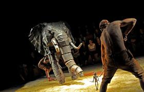 Bild: Spartakus (Théatre La Licorne, Frankreich) - in französischer Sprache