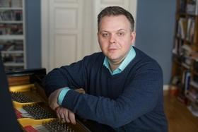 Holzhausenkonzerte - klaviersolo - Konzert mit Hinrich Alpers (Klavier)