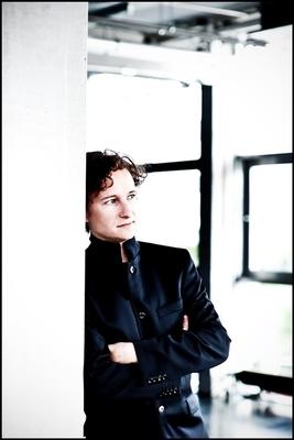 Holzhausenkonzerte - klavierplus - Konzert mit Martin Helmchen und Marie-Elisabeth Hecker