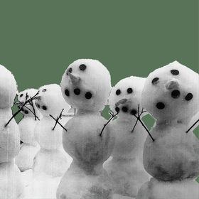 Bild: Drei Männer im Schnee - Schlosstheater Celle