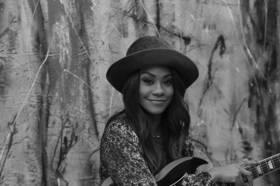 Bild: Tasha Taylor - Ergreifender Gesang mit emotionaler Tiefe
