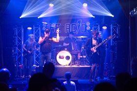 """Bild: The AC/DCs, die AC/DC Tribute Band aus Berlin - im Gasthaus """"Vier Tannen"""""""