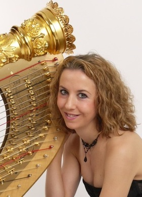 Bild: Konzert des Kammerorchesters Attendorn - Solistin: Emilie Jaulmes, Harfe
