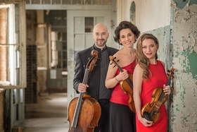 Bild: Streichtrio Lirico - Franziska Pietsch (Violine), Johannes Krebs (Violoncello) und Sophia Reuter (Viola)