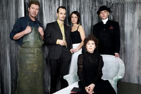 Bild: Gespenster - Familiendrama von Henrik Ibsen