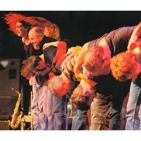 Bild: Die Randgruppencombo spielt Gundermann