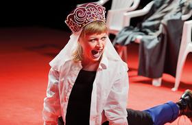 Bild: Libussa - Riot, don't diet! - Hessisches Landestheater Marburg