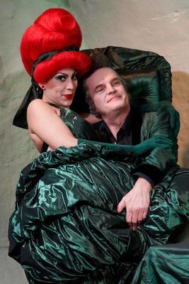 Bild: Gatte gegrillt - Kammertheater Karlsruhe