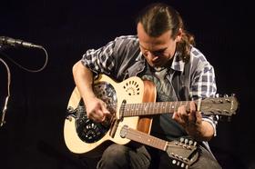 Bild: Attila Vural - (CH) Percussive Acoustic Guitars