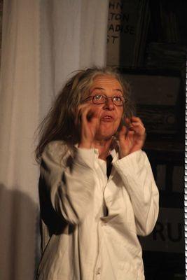 Bild: Adabsurdum - Absurdes Theater – geistreiche Parodie banalen Alltagsregendes