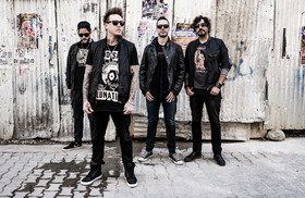 Bild: Papa Roach - Crooked Teeth Tour 2017
