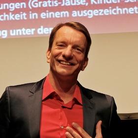 Bild: Bastian Sick - Schlagen Sie dem Teufel ein Schnäppchen