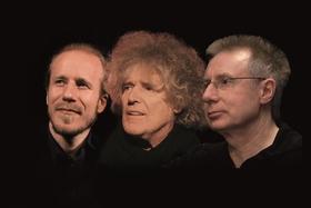 """Songs und Chansons im Schlösschen - """"Wie ein rollender Stein"""" – Dylan auf Deutsch mit Volker Rebell, Moritz Stoepel, Christopher Hermann und Jürgen Schwab"""