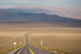 """Bild: Dirk Rohrbach: """"Highway Junkie"""" - Mitten durch Amerika"""