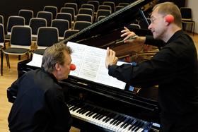 Bild: Eine kleine Lachmusik - Mozart zum Kugeln - Klassik zum Kringeln