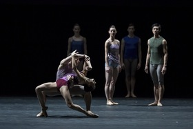 Bild: Workwithinwork & High Breed - Coreografien von William Forsythe und Jacopo Godani