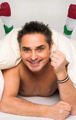 Bild: Roberto Capitoni - Italiener schlafen nackt - manchmal auch in Socken - Köln-Premiere