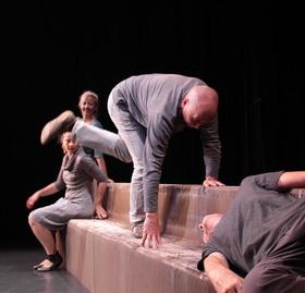 Bild: Als wir verschwanden - Theaterstück über eine Familie, die aus den Fugen gerät - ab 9 Jahren