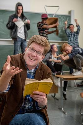 Bild: Herr Schröder - World of Lehrkraft - Ein Trauma geht in Erfüllung