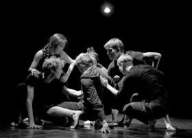 Bild: Tanzimprovisationen - Tanzbühne Dresden