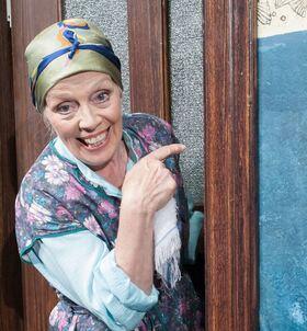 Bild: Tratsch im Treppenhaus - Lustspiel von Jens Exler