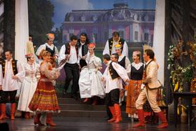 Bild: Gräfin Mariza - Operettenbühne Wien