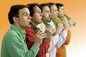 Bild: GlasBlasSing Quintett - Volle Pulle - Flaschenmusik XXL