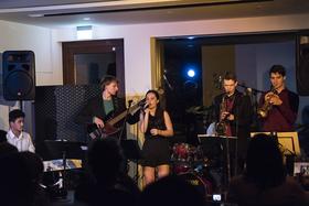 Bild: Nikolaus Jazz mit SixtoneszZ & Lydia Schiller Quintett - In Memoriam Ella Fitzgerald