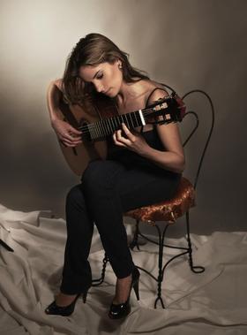 Bild: Klassisches Gitarrenkonzert mit Ana Vidovic (USA)