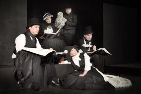 """Bild: Chawwerusch Theater """"Grimm und Gretel"""""""