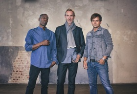 Bild: Mike + The Mechanics - Let Me Fly Tour 2017