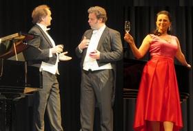 Bild: Glanzlichter aus Musical und Operette - Musical-Melodien und Operetten-Welthits