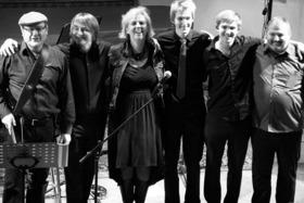 """Bild: X-Mas in its own style - Konzert mit der Band """"KoverOn"""""""