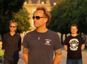 Bild: Andy Susemihl&Superfriends - Markante Stimme und gefühlvolles Gitarrenspiel