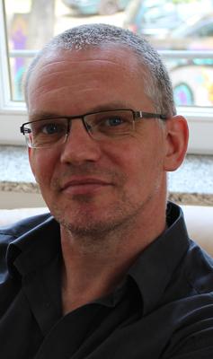 Bild: Buchpremiere: Torsten Seifert präsentiert