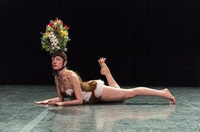 Bild: ITMAR / HOLES & HILLS - Solos von Géraldine Chollet und Julia Perazzini