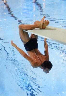 Bild: Schwimm, wenn du kannst - Eintauchen und auftauchen - Tanz im Emma-Jaeger-Bad