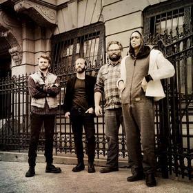 Bild: EX EYE - mit Colin Stetson(sax), Toby Summerfield(g), Shahzad Ismaily(g,b,elec), Greg Fox(dr)